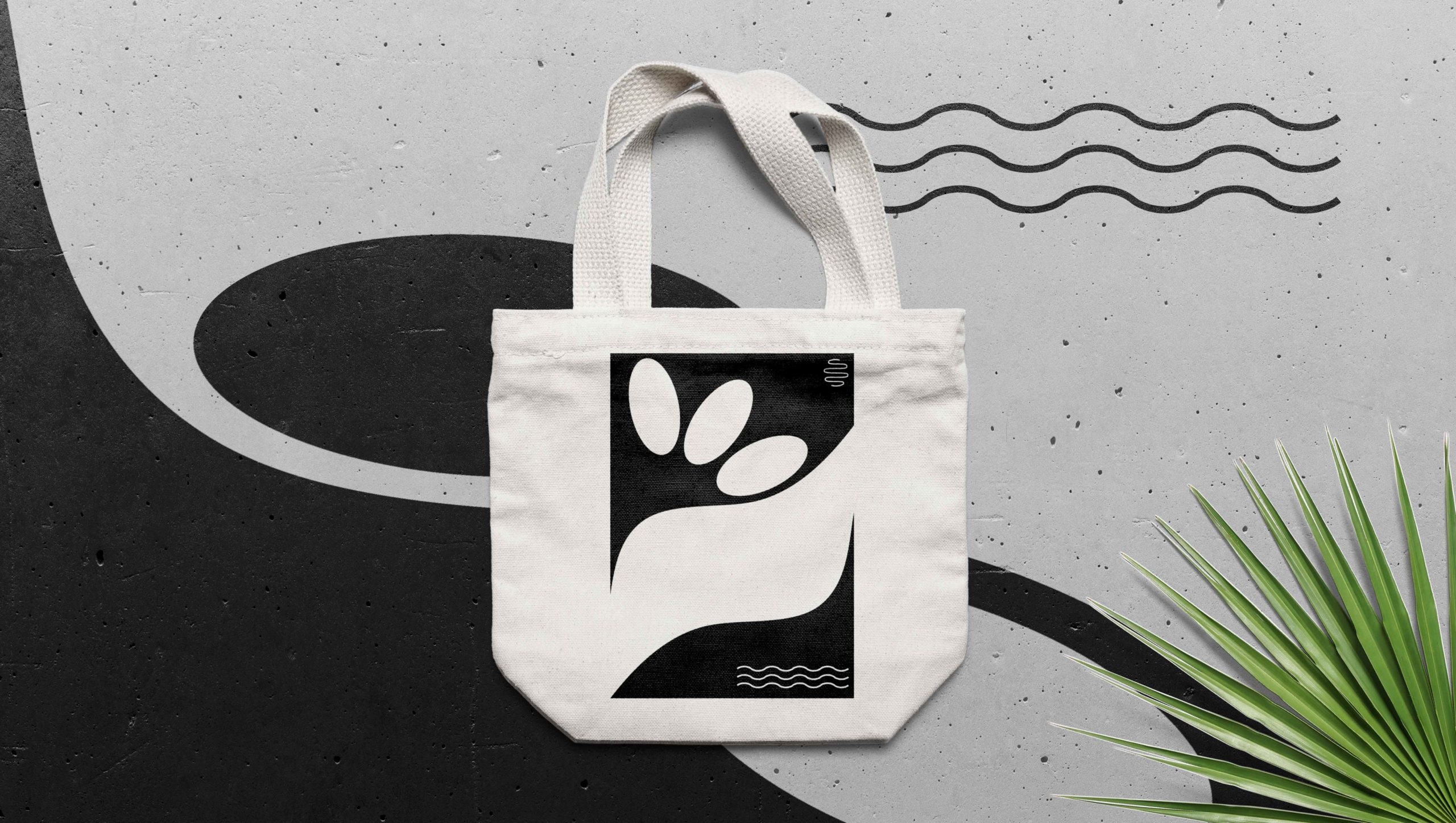Sala-Thai_Bag-Mockup_Klein